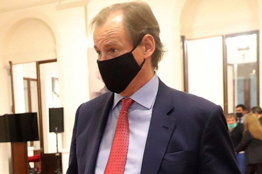 El Gobernador Gustavo Bordet.